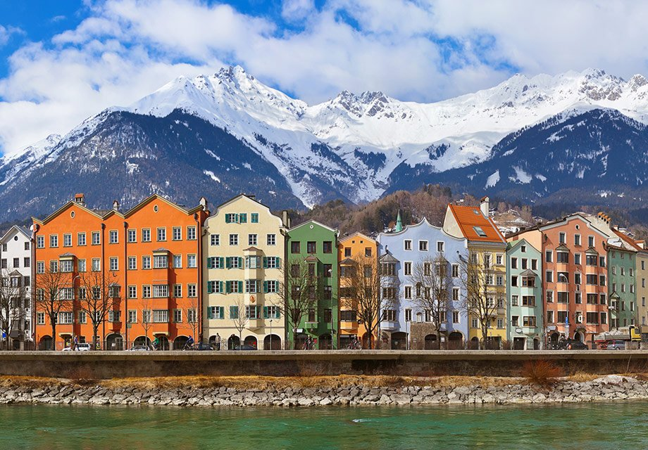 S7Airlines launches flights from St.Petersburg toSalzburg andInnsbruck